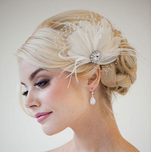 How To Wear A Fascinator - The Best Hat 43ceb246879